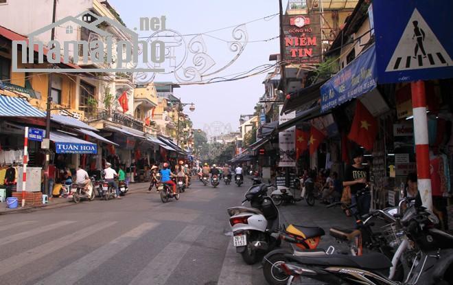 Cần bán nhà mặt phố Hàng Đào 190m2x7T giá 140tỷ