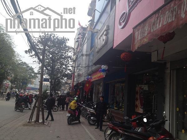 Bán nhà mặt phố Chùa Bộc 84m2x5T MT:7,2m giá 42tỷ