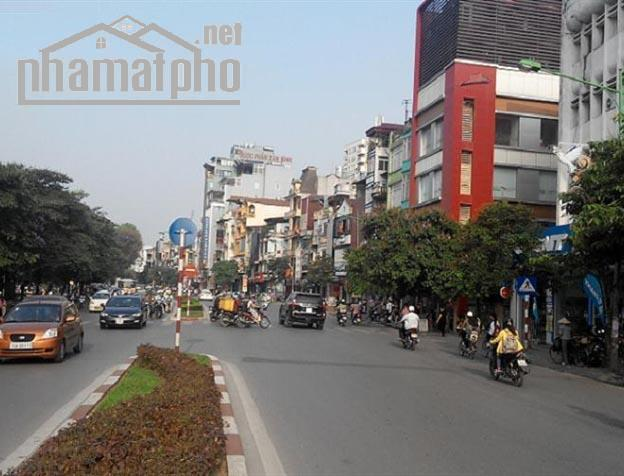 Bán nhà mặt phố Kim Mã 95m2x6T MT:5m giá 42tỷ
