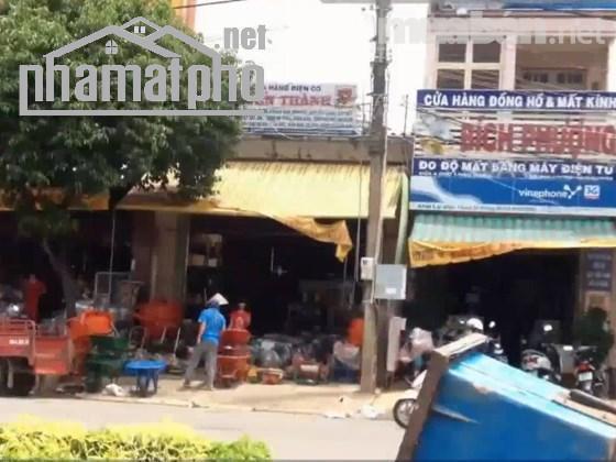Bán nhà mặt phố Ngọc Lâm 89m2x2T MT:5m giá 19tỷ