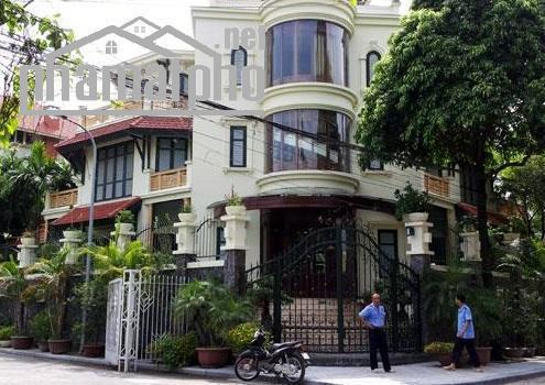 Bán nhà mặt phố Nguyễn Hoàng 175m2x4T MT:11m lô góc giá 42tỷ