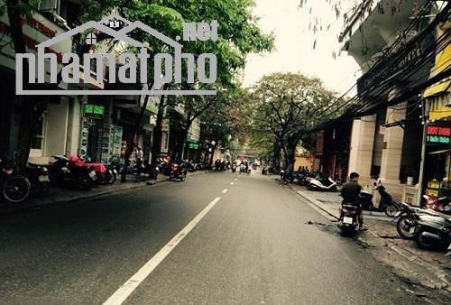 Bán nhà mặt phố Nguyên Hồng 50m2x4T MT:7m giá 21tỷ