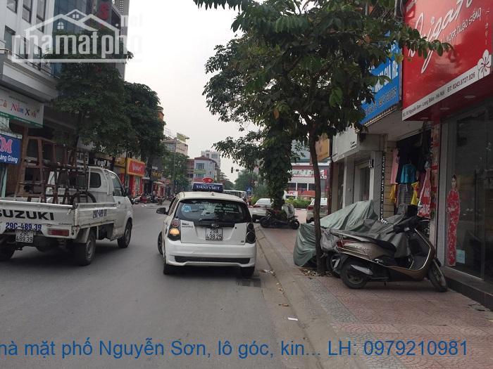 Bán nhà mặt phố Nguyễn Sơn, lô góc, kinh doanh ngay