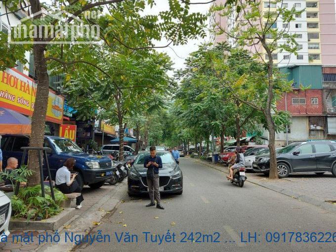 Bán nhà mặt phố Nguyễn Văn Tuyết 242m2 MT:10m giá 63tỷ