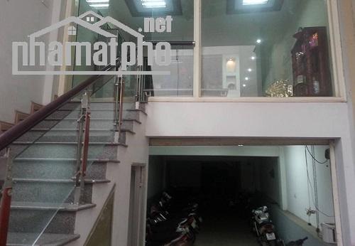Bán nhà mặt phố Thái Hà 80m2x5T MT:4,5m giá 36tỷ